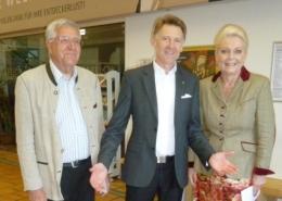 Da die finanzielle Unterstützung durch den Lions Club München Solln auch den Bürgern der Stadt Rosenheim zugutekam, hat unsere Oberbürgermeisterin Gabriele Bauer die Gelegenheit genutzt, die Gäste aus München zu begrüßen und sich bei ihnen für die gewährte Unterstützung zu bedanken.